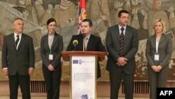 Potpredsednik Vlade Srbije i ministar unutrašnjih poslova Ivica Dačić obraća se novinarima u Palati Srbije u Beogradu