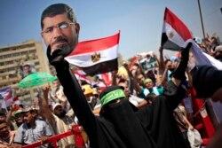 埃及敵對派系準備抗議 外界擔憂發生暴力
