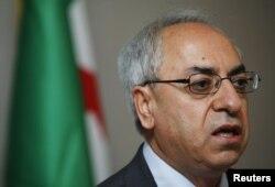 Abdelbasset Sida, se queja de la inacción de la comunidad internacional ante la matanza continuada por parte del gobierno sirio.