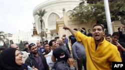 Manifestations au Caire le 5 déc. 2012