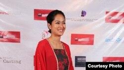 Aktris Prisia Nasution di acara karpet merah Los Angeles Indonesian Film Festival
