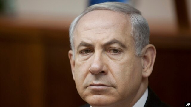 Israeli Prime Minister Benjamin Netanyahu attends the weekly cabinet meeting in his Jerusalem office on June 2, 2013.