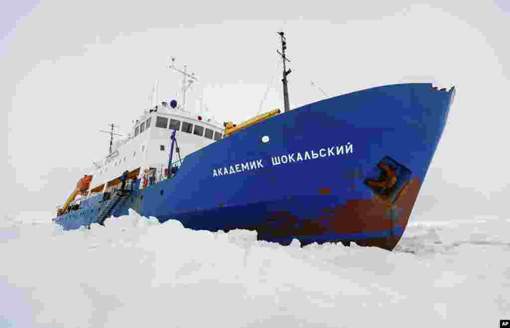 Russian ship MV Akademik Shokalskiy is trapped in thick Antarctic ice 1,500 nautical miles south of Hobart, Australia, Dec. 27, 2013.