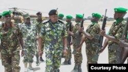 Kenyatta atembelea majeshi ya Kenya nchini Somalia