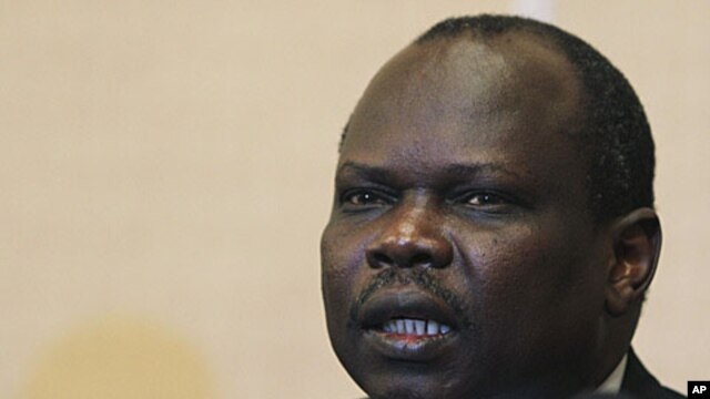 South Sudan chief negotiator Pagan Amum (file photo)