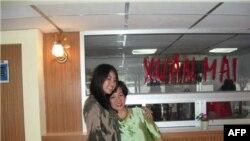 Bà Mỹ Dung cùng cô con gái Xuân Mai.