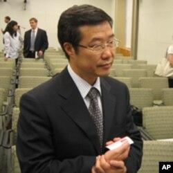 """中央党校的王长江认为中国可以实行""""一党民主"""""""