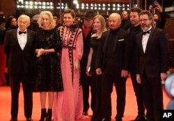 El jurado del Festival de Berlín 2017 posa para la prensa.