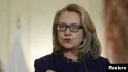 Sakatariyar harkokin wajen Amurka, Hillary Clinton, a lokacin da ta ke magana kan batun garkuwa da mutane a Aljeriya, Jumma'a 18 Janairu, 2013