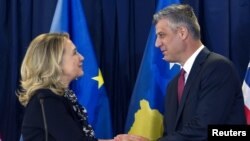 Američki državni sekretar Hillary Clinton i premijer Kosova Hashim Thaci