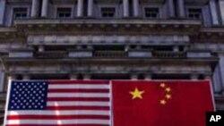 ความสัมพันธ์ทวิภาคีระหว่างจีนกับสหรัฐในปี 2010 ประสบปัญหาใหญ่หลายเรื่อง นักวิเคราะห์บอกว่าแนวโน้มปีหน้าจะไม่เปลี่ยนแปลง