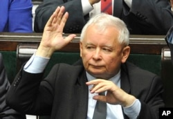 Leader of the ruling Law and Justice party, Jaroslaw Kaczynski, votes to approve a law on court control, in the parliament in Warsaw, Poland, July 20, 2017.
