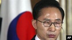韩国总统李明博(资料照)