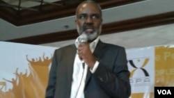 Dr. Nkosana Moyo