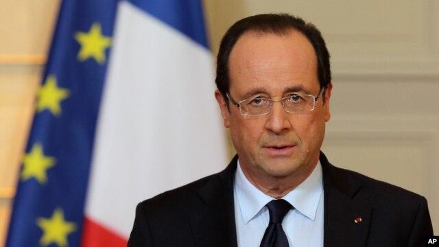Tổng thống Pháp Francois Hollande phát biểu về tình hình ở Mali tại điện Elysee, Paris, 11/1/2013