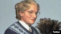 یکی از به یادماندنی ترین نقش های رابین ویلیامز «خانم دابت فایر» بود