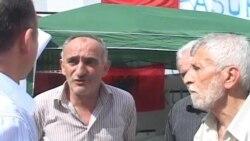 Ish të burgosurit politikë grevë urie për dëmshpërblimet