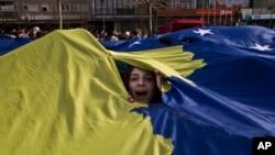 Proslava devet godišnjice proglašenja nezavisnosti Kosova održana je u centru Prištine.