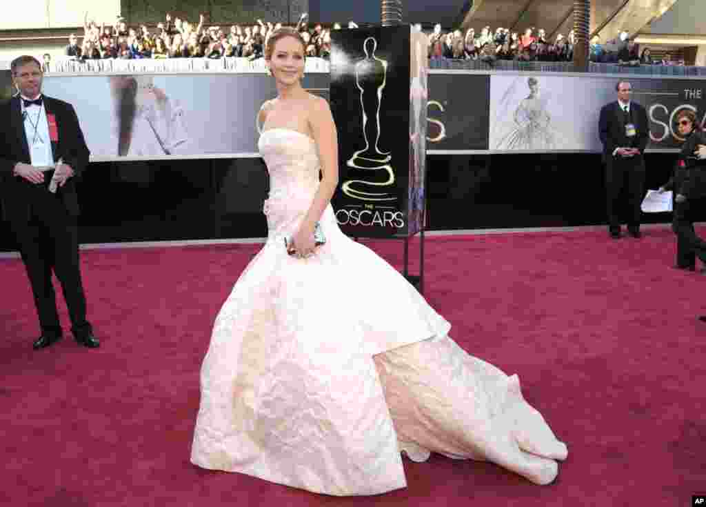 Actress Jennifer Lawrence arrives at the 85th Academy Awards at the Dolby Theatre, Feb. 24, 2013, in Los Angeles.