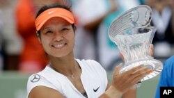 Li Na đã thôi thi đấu sau khi bị loại ở vòng 3 giải Wimbledon năm nay.