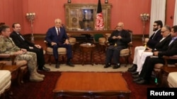 دیدار آقای خلیلزاد و رئیس جمهوری افغانستان
