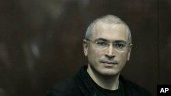 지난 2010년 12월 재판에 출석한 미하일 호도르코프스키.