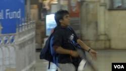 Mohammad Ajmal Kasab, satu-satunya dari 10 penyerang kota Mumbai November 2008 yang masih hidup (foto: dok).