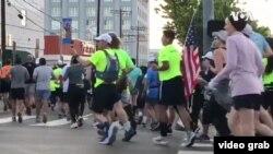 加州和洛杉磯縣疫情緊急狀態下,第35屆洛杉磯馬拉松比賽如期在3月8日星期天舉行。