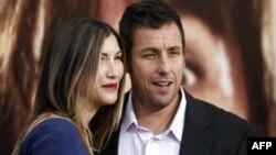 Адам Сандлер с женой