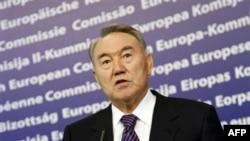 Президент Казахстана Нурсултан Назарбаев. Брюссель. 26 октября 2010 года