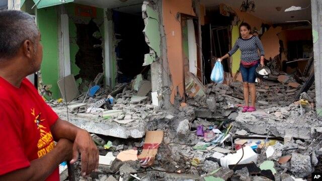 El terremoto dejó miles de millones de dólares en pérdidas que afectarán la economía de Ecuador.