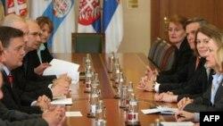 Pregovori zvaničnika Srbije i SAD u Beogradu
