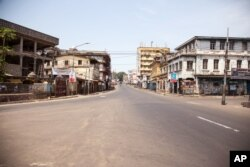 A empty street in Sierra Leone is seen, as the country enters the third and final day of a three-day countrywide lockdown to combat the Ebola virus in Freetown, March. 29, 2015.