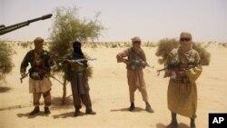 Боевики исламской группировки Ансар Динэ (архивное фото)