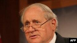 Chủ tịch Ủy ban Quân vụ Thượng viện Carl Levin nói tất cả các Nghị sĩ đều đồng ý về mối nguy do một nước Iran có vũ khí hạt nhân đặt ra
