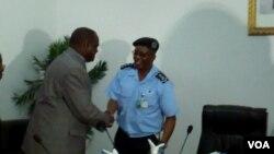Vitorino Nhany e comandante da policia em Malanje António José Bernardo