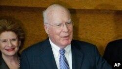 Los senadores expresaron la importancia de abrir las embajadas para beneficiar los intereses estadounidenses.