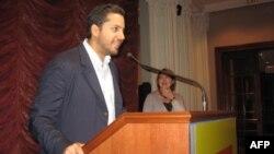Дэвид Блейн выступает перед журналистами в Еврейском музее