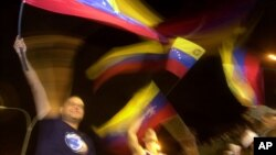 Más de cinco mil firmas piden que se incluya el tema en las conversaciones entre Venezuela y Estados Unidos.
