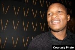 Anh Vusi Kunene, chủ nhà hàng sushi The Blackanese