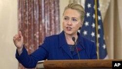 La secretaria de Estado Hillary Clinton dice que preferiría escribir y enseñar a lanzarse de nuevo a la candidatura presidencial.