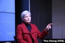 美国戴维森学院东亚政治学教授任雪丽(美国之音钟辰芳拍摄)。