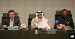 Міністр енергетики Росії Новак, міністр енергетики Саудівської Аравії Халід аль-Фаліх та генеральний секретар ОПЕК Мохаммад Баркіндо