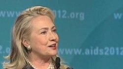 Клинтон: США хотят вырастить поколение без СПИДа