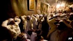 Христианские паломники из Нигерии в канун Рождества в Вифлееме