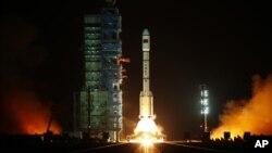 """""""天宫一号""""2011年9月29日从中国酒泉卫星发射中心升空"""