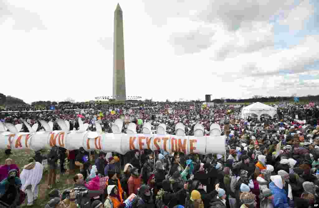 В Вашингтоне тысячи людей требуют бороться с загрязнением окружающей среды