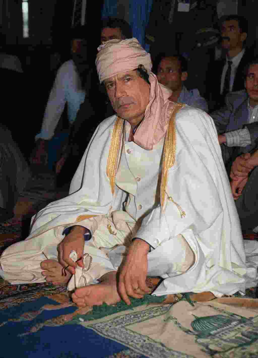 En 1989, Moammar Gadhafi una cumbre para resolver una disputa territorial entre Libia y Chad.
