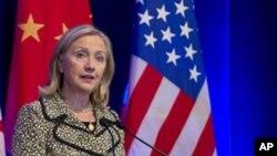 چین شمالی کوریا کو اشتعال انگیزی سے باز رکھنے پر زور دے: ہلری کلنٹن