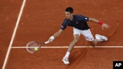Ekspresno do pobede: Novak Đoković tokom meča protiv Nikolasa Devildea